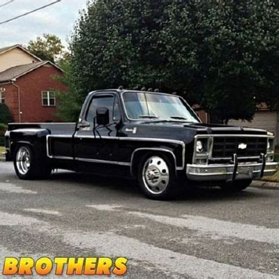 factory 19.5 wheels on a obs dually | gmt400 the