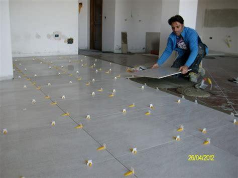 offerte di lavoro come piastrellista 187 posa pavimenti grandi formati