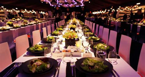 How to Become a Catering Event Planner