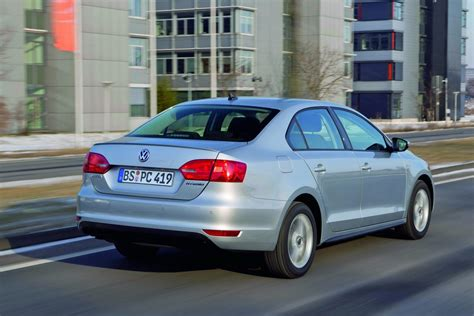 volkswagen germany new vw jetta hybrid priced from 31 300 in germany