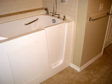 Walking Bathtub by Aging In Place Design Strategies For The Accessible