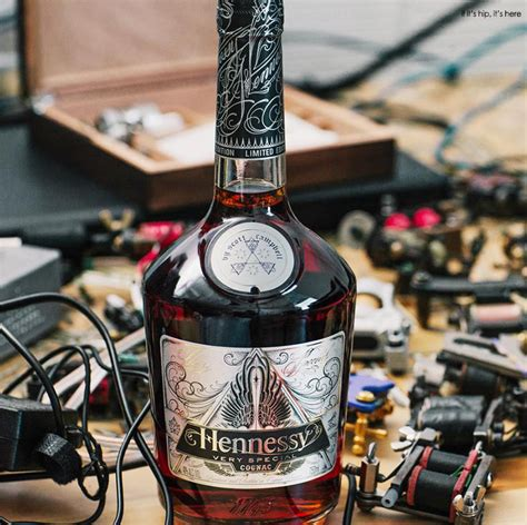 hennessy v s scott campbell limited edition bottle