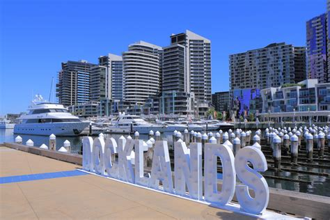 appartment in melbourne docklands with higher apartment prices than melbourne cbd