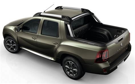 renault duster oroch renault duster oroch pick up unveiled ahead of debut