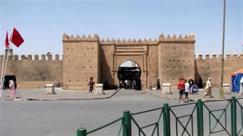 oujda marokko marokkaanse vlag in oujda vervangen door shahada vlag