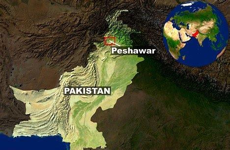 peshawar on world map peshawar blast kills 6 police officers injures 8