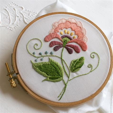 how to do embroidery with crewel embroidery sewing is my