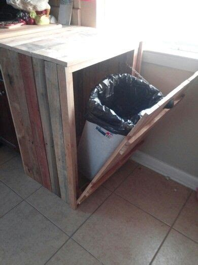 hide   trash canmade   pallets home plans