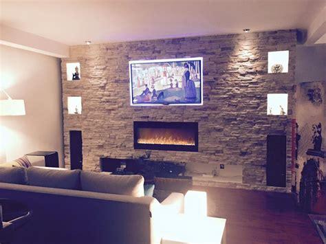 chimenea y tele muro de piedra apilada con tv y chimenea decoraci 243 n casa