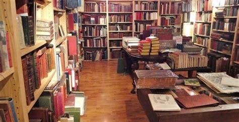 libreria ave librairie de l avenue 224 st ouen ouverte tous les jours