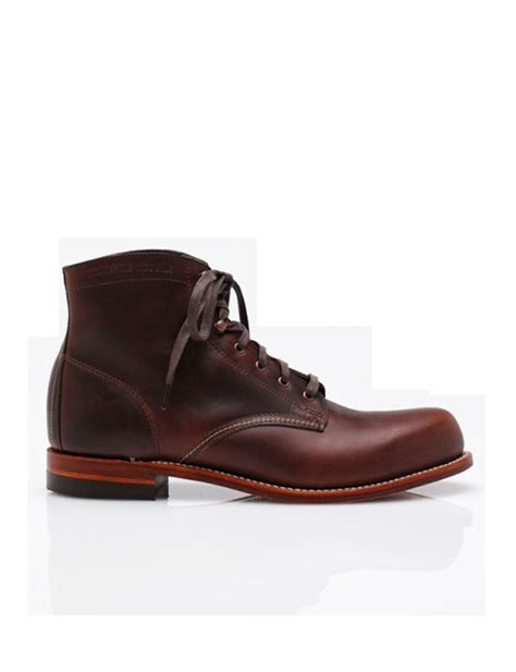 b and p l supply les bottines need supply 20 paires de boots qui nous