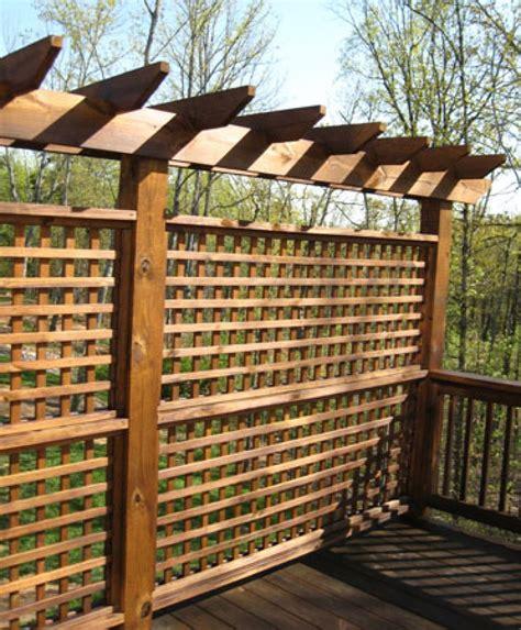 Trellis Fence Panels Privacy Deck Arbors Here S A Deck Arbor With Lattice Pr
