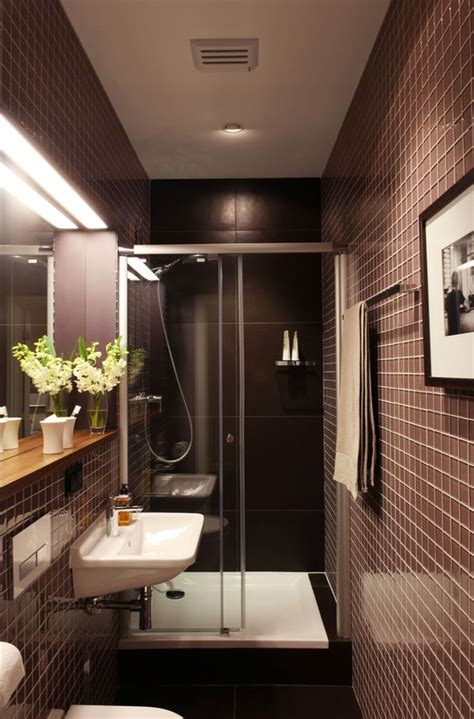 Narrow Bathroom Ideas by Best 25 Narrow Bathroom Ideas On Narrow