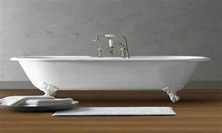 6 foot bathtub cast iron clawfoot tub vintage