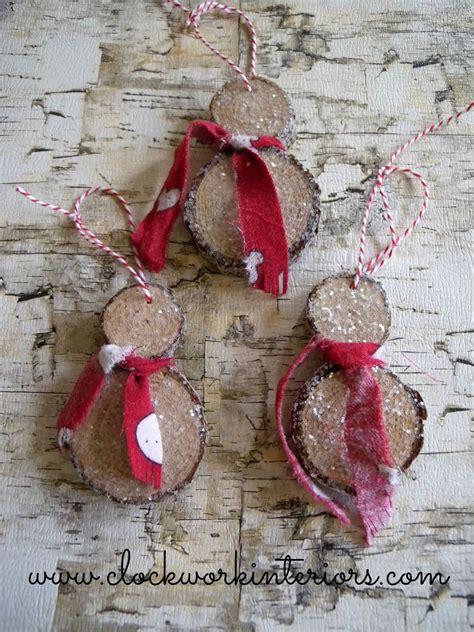 hometalk    wood slice snowmen ornaments