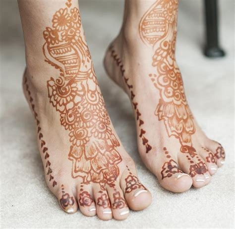 henna tattoo questions a guide on semi permanent tattoos to answer all your questions