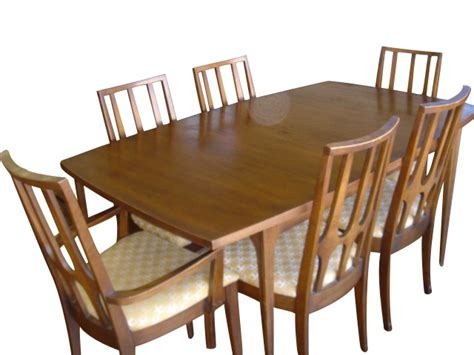 broyhill dining room chairs broyhill brasilia dining room set 15167