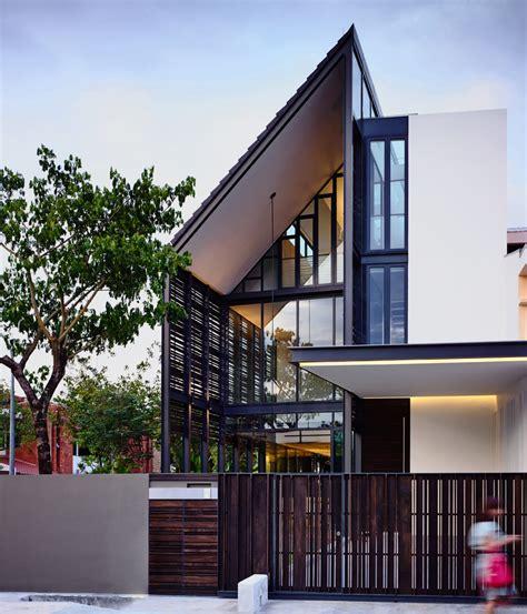 planos de casa de dos pisos en esquina construye hogar