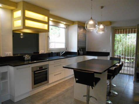 cuisine plan de travail granit noir plan de travail en granit noir zimbabw 233 pour cuisine 224