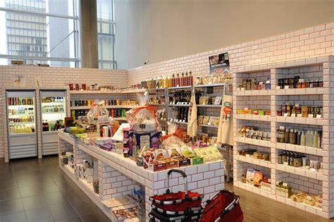 Garage Shop Design un 171 concept store 187 remplace les boutiques au cin 233 ma mk2
