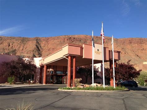 moab comfort suites moab utah comfort suites canyonlands motels hotels