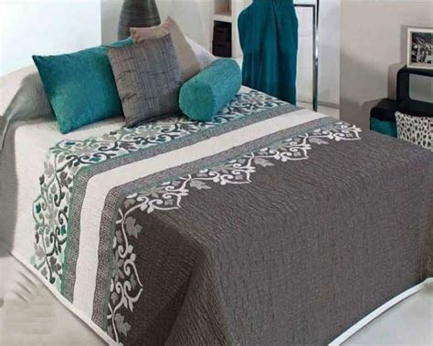 boutis couvre lit moderne irvin vert d eau c 01 reig marti