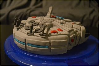 Meja Lego sweet dreams and sweet living lego wars millenium falcon cake