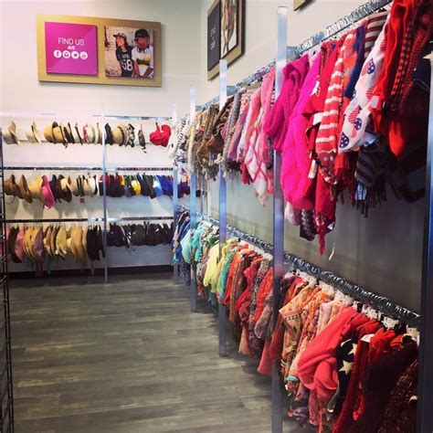What Of Clothes Does Platos Closet Accept by Plato S Closet 12 Reviews Used Vintage Consignment 5550 Ln West Des Moines