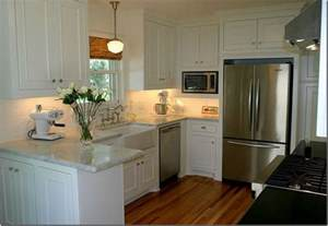 Small Kitchen With White Cabinets Small But Stylish Kitchens