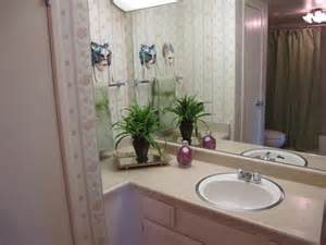 Simple bathroom staging ideas