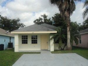 realtor that accept section 8 pin by miami real estate investor association mreia on