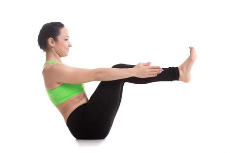 side boat yoga pose the 6 best yoga poses for rapid permanent weight loss
