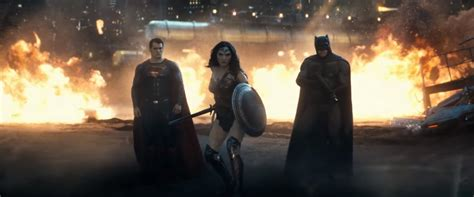 best in theaters now 3 best in theaters right now batman v superman
