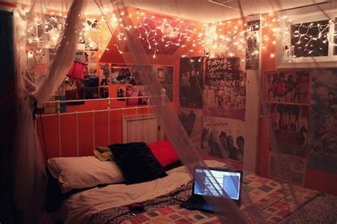 bedrooms with lights tumblr christmas lights bedroom tumblr