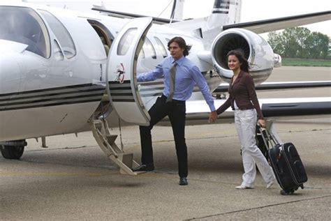 cara naik pesawat di bandara halim cara naik pesawat bagi anda yang baru pertama kali