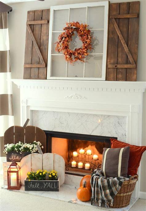 decorate  fall mantel  vignette decorating