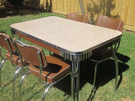 retro dining chairs melbourne 77 best images about quot vintage table chairs wanted