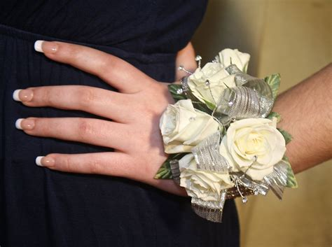 wrist corsages prom 2015 prom flowers beautiful wrist corsages white and silver