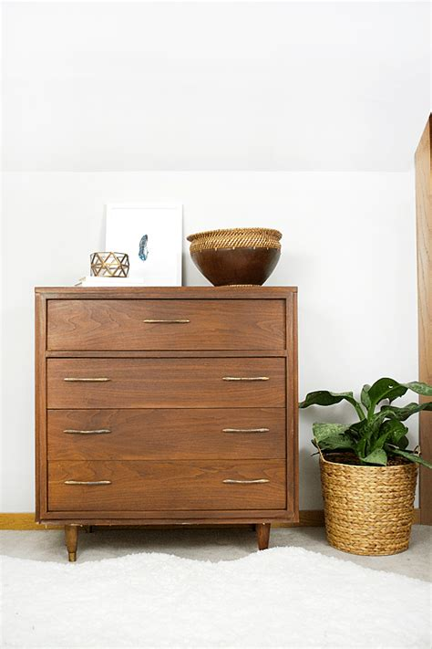 Refinishing Dresser With Laminate Top by How To Refinish A Mid Century Veneer Dresser Brepurposed