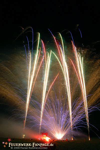 hochzeit feuerwerk hochzeitsfeuerwerk hochzeit mit feuerwerk feuerwerk