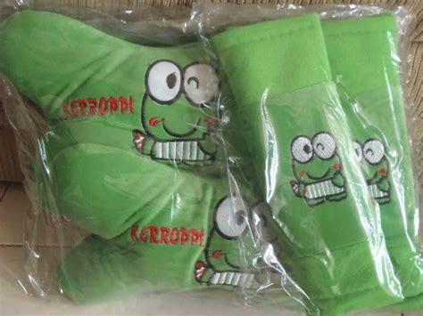 Sarung Bantal Leher Motif Retro bantal sandaran mobil motif klub bola dan kartun jual