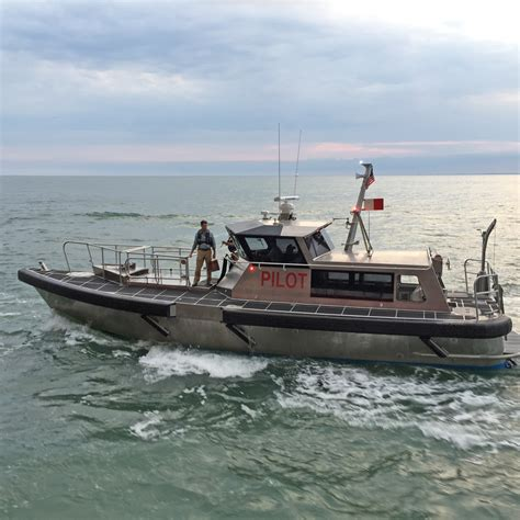 metal shark boats franklin metal shark delivers new pilot boat to the canaveral