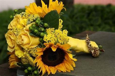 tipo di fiori foto bouquet tipo di fiori girasoli