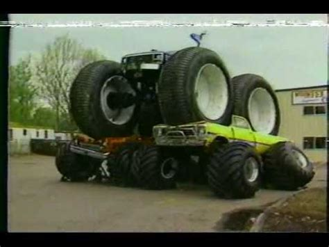 bigfoot 5 crushing monster trucks bigfoot in action youtube