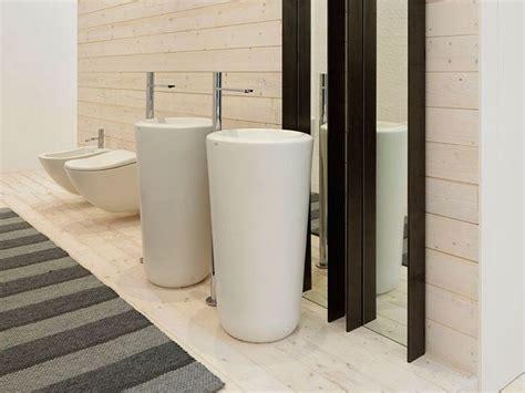 lavello freestanding lavabo freestanding in ceramica collezione fluid by