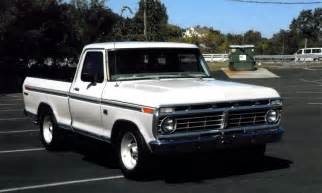 pic of 74 ford treuck