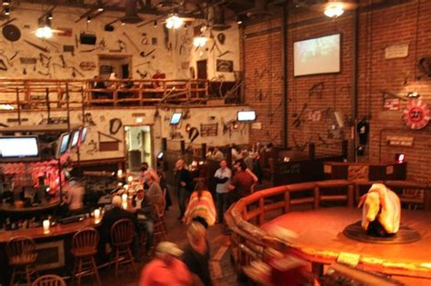 Saddle Ranch Chop House by Interno Locale Picture Of Saddle Ranch Chop House