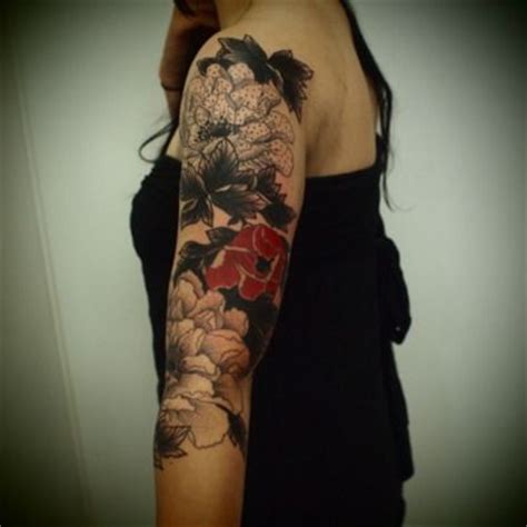 tattoos black and color black and red floral tattoo body art color pinterest