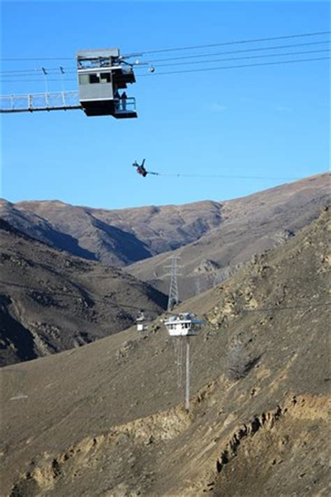 nevis swing video nevis swing picture of aj hackett bungy new zealand