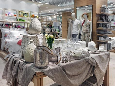 home interiors shop zara home store windows milan italy 187 retail design